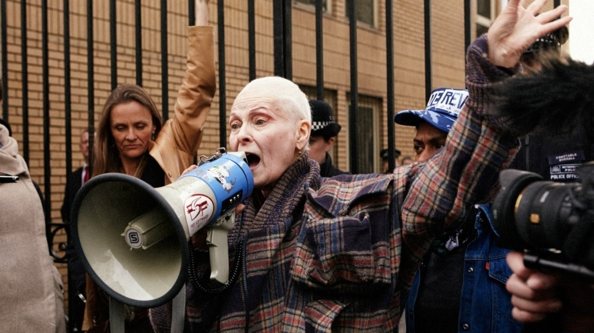 ​dame viv fights fracking