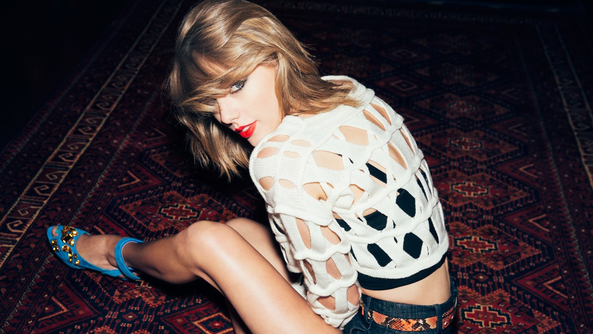 taylor swift shakes off her hack