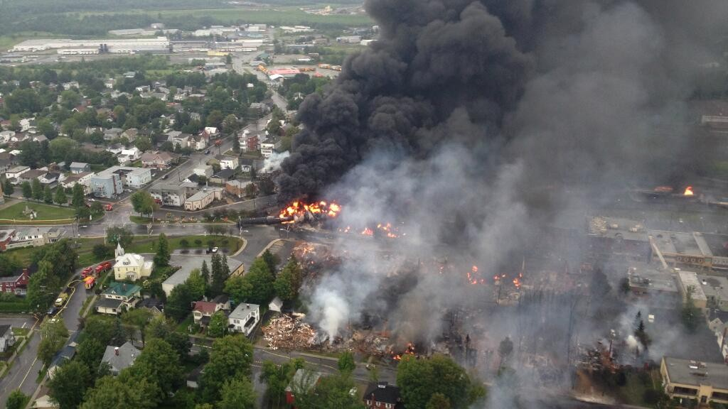 Do You Live in the Blast Zone of an Exploding Oil Train?