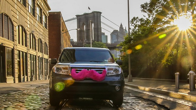 Lyft Is Coming to NYC, and the Taxi Commission Is Already Fighting It