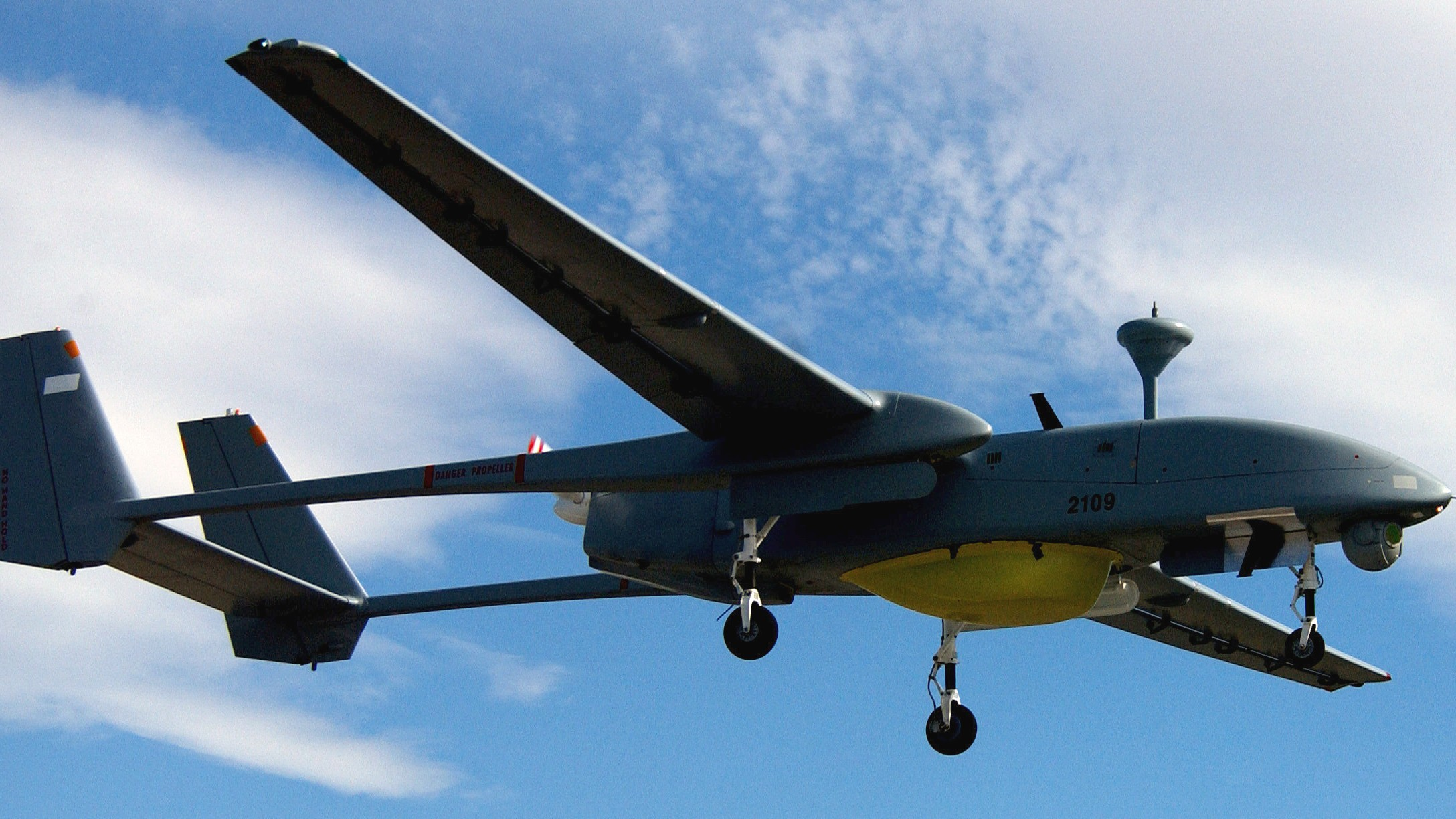 An Israeli Made Heron Surveillance Drone Similar To The Model Canada Flew In Afghanistan Image Wikimedia Commons