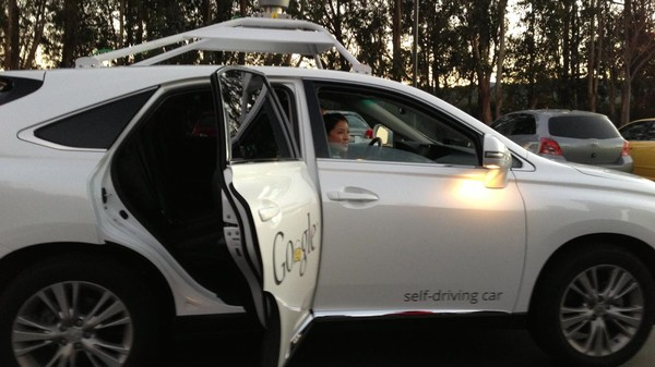 Driverless Cars Will Be on UK Roads By January 2015