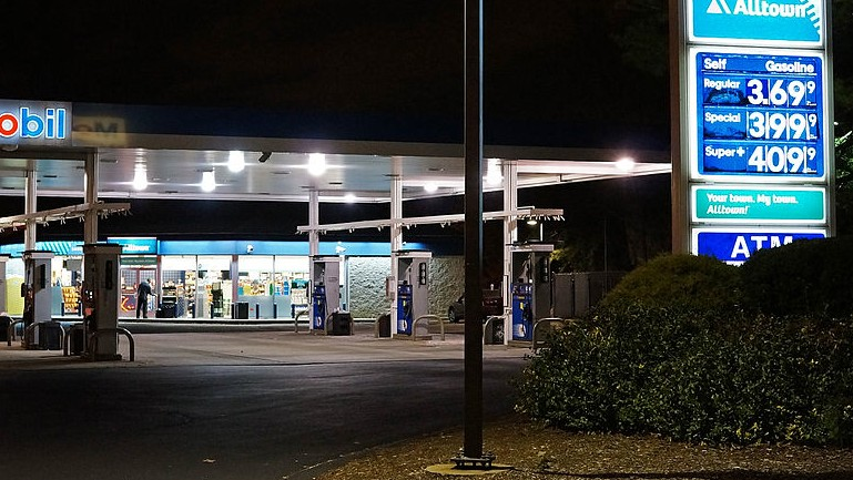 There's a Slow Motion Oil Spill Underway at Every Gas Station in the Nation