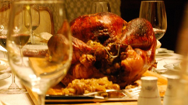 The Motherboard Guide to Day Drinking on Thanksgiving