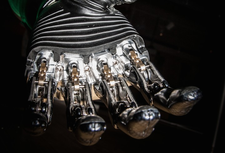 I Tried Out the 'Rolls-Royce' of Prosthetic Hands
