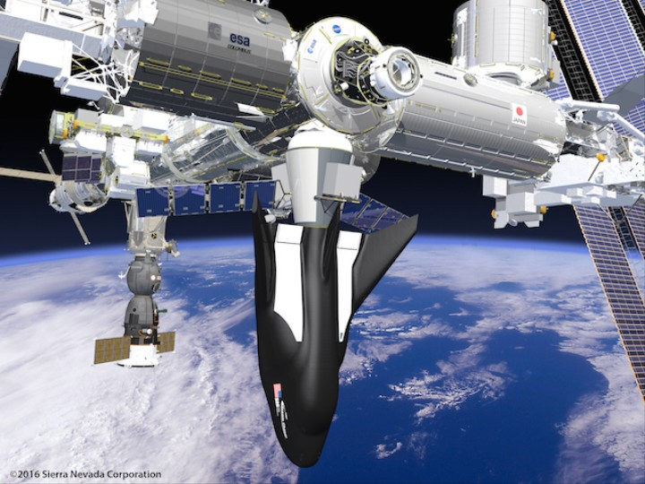 NASA's New 'Dream Chaser' Cargo Ship Can Fly to the ISS and Back In Hours