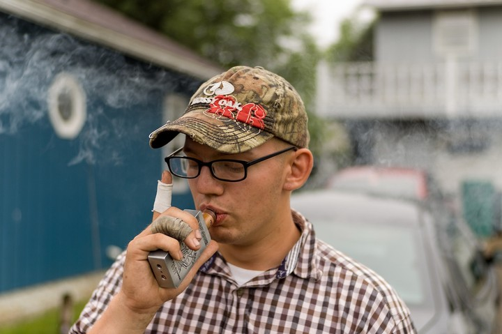The FBI Is Questioning Indiana's Sketchy New Vaping Law - VICE