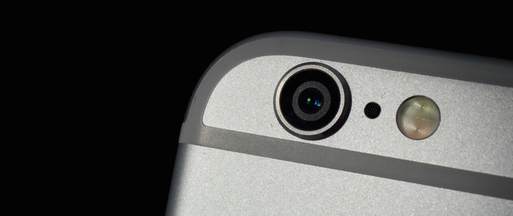 Government Hackers Caught Using Unprecedented iPhone Spy Tool