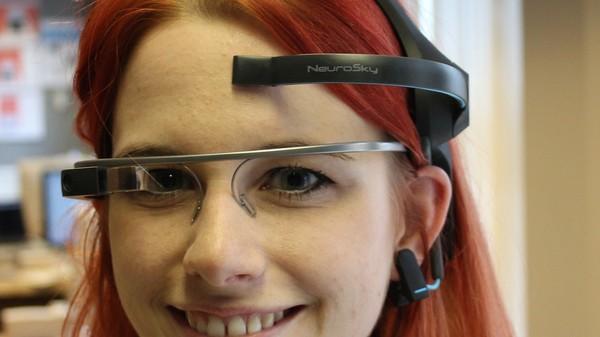 Ik bestuurde een Google Glass met mijn hersenen