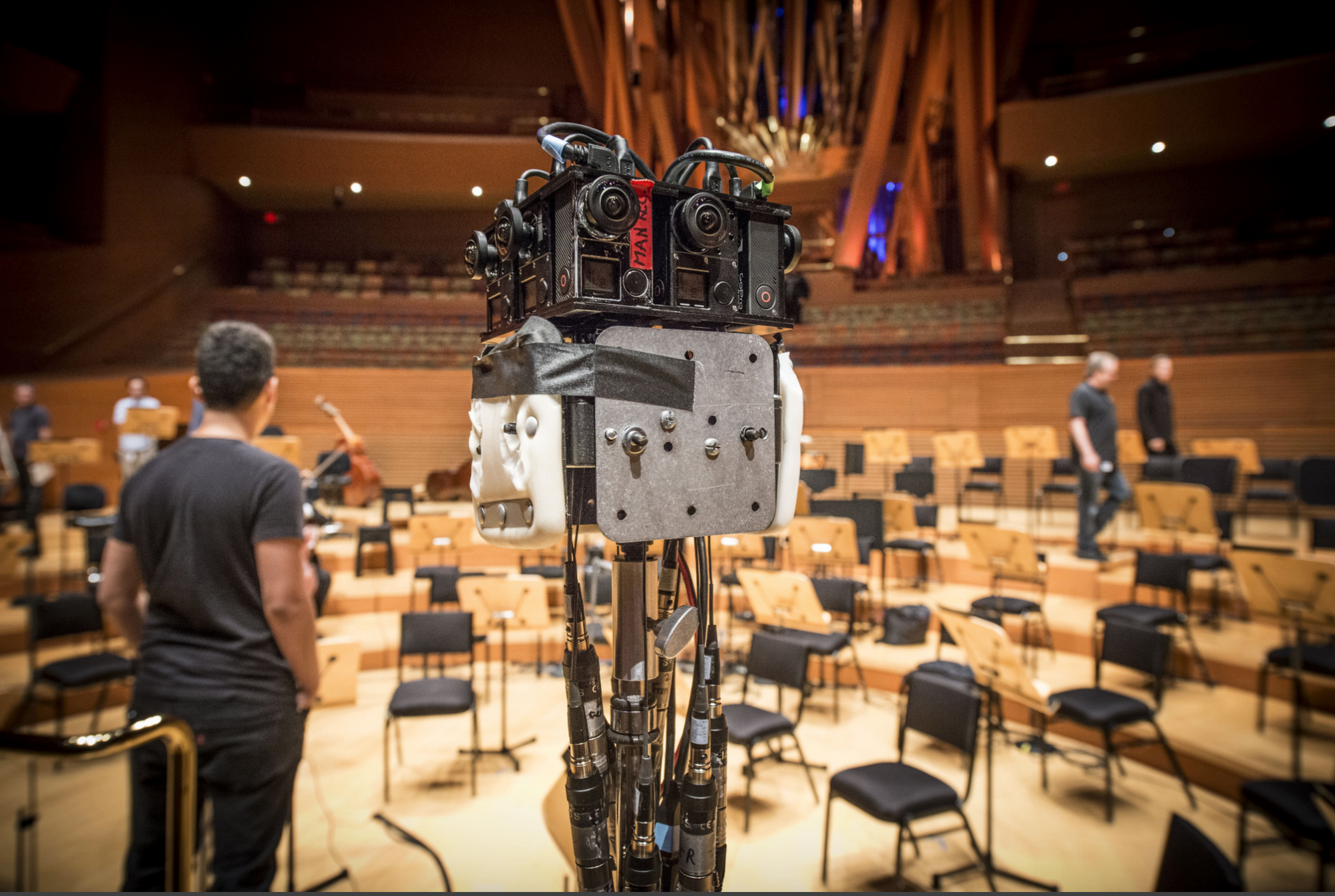 The LA Philharmonic Is Trying to Perfectly Recreate Concerts in