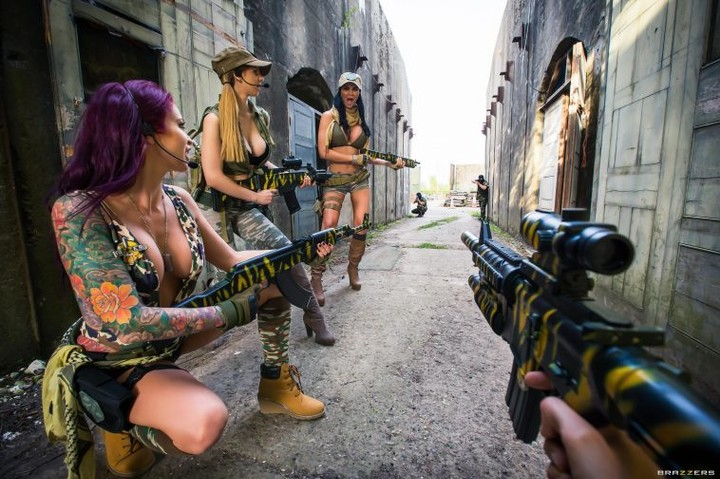 'Call of Duty' Porn Parody's Heroes Could Use Some Body Armor
