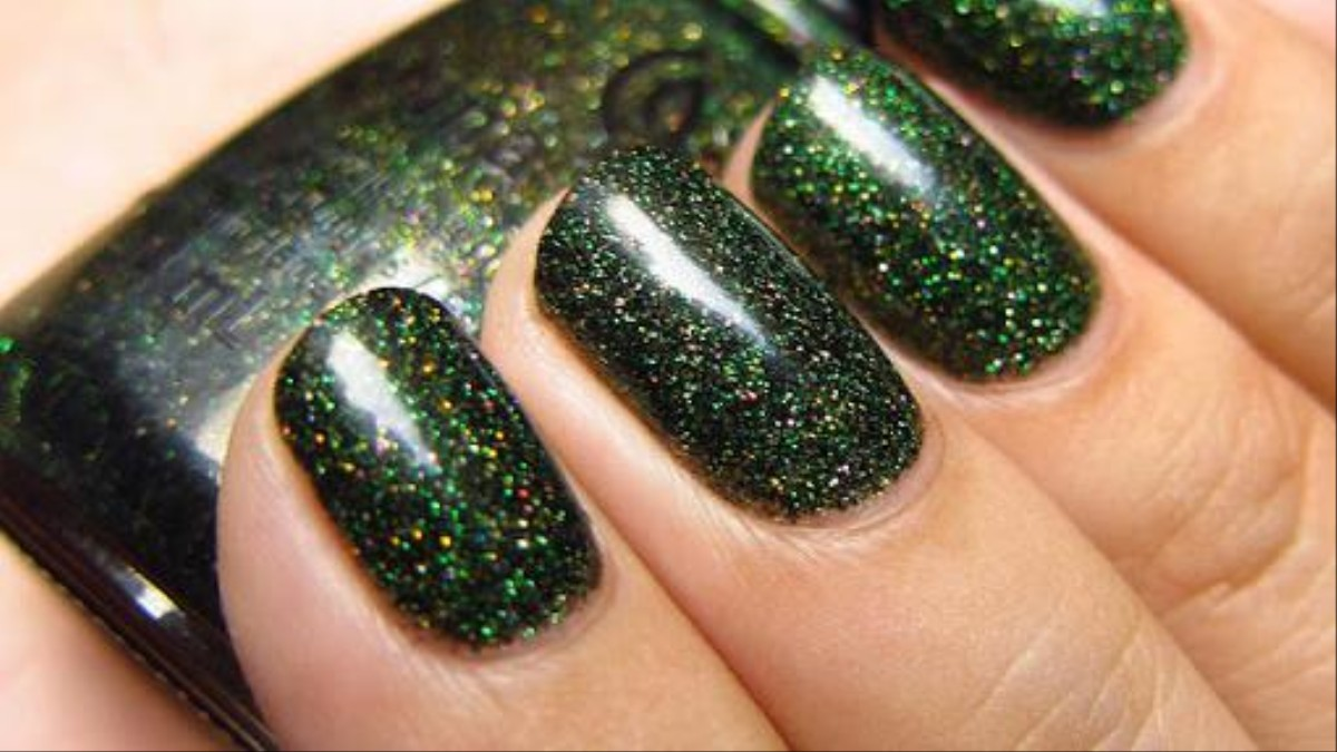 Glitter Nail Polish Won T Stop People Snooping In Your Data Motherboard