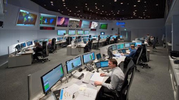 It's Time for Comet-Chasing Spacecraft Rosetta to Wake Up