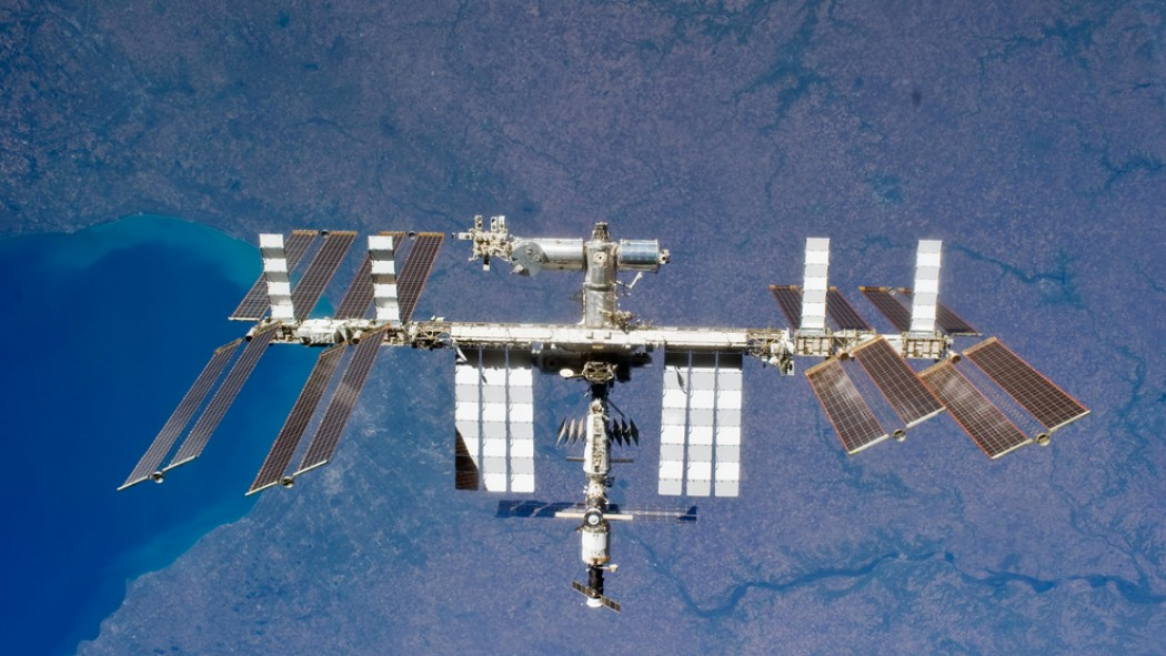 If NASA Has a Plan to Get Its Astronauts Home without Russia, It's Not Saying