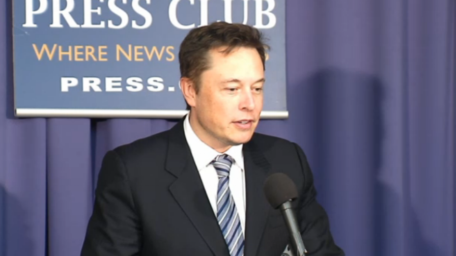 SpaceX Is Suing the Air Force for the Right to Launch ...