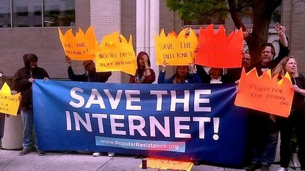 Activists Are Camping Out at the FCC Until It Upholds Net Neutrality