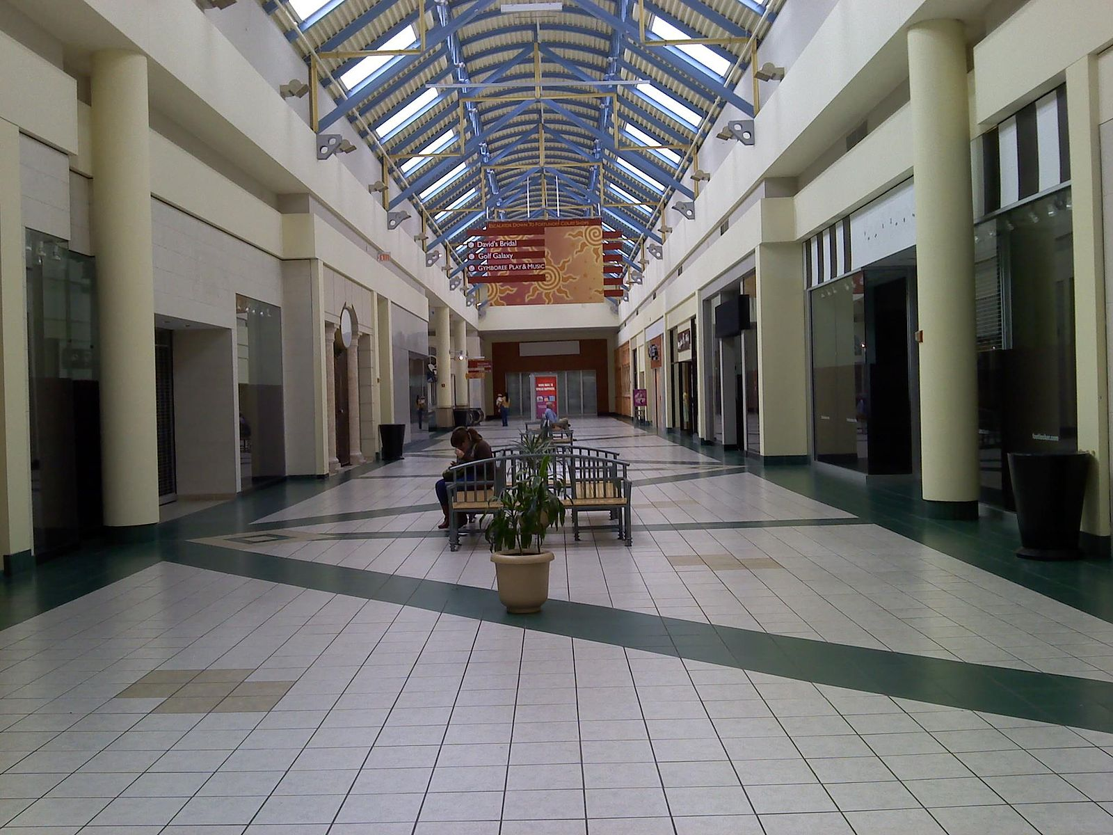 Mall At The Source Long Island