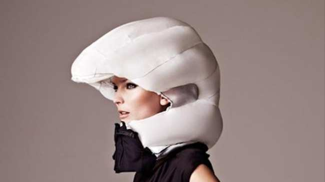 3d6e70f5bea The Invisible Bike Helmet is an Airbag for Your Head - Motherboard