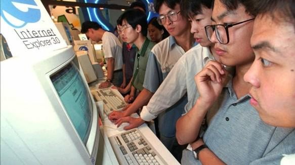 Why Does China Still Use Fax Machines and Internet Explorer 6?
