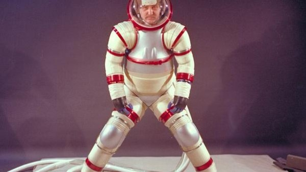 Your Body Is a Spaceship: A Cyborg History