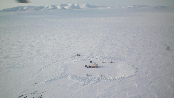 Scientists Found a Warm Arctic Beneath a Frozen Russian Lake