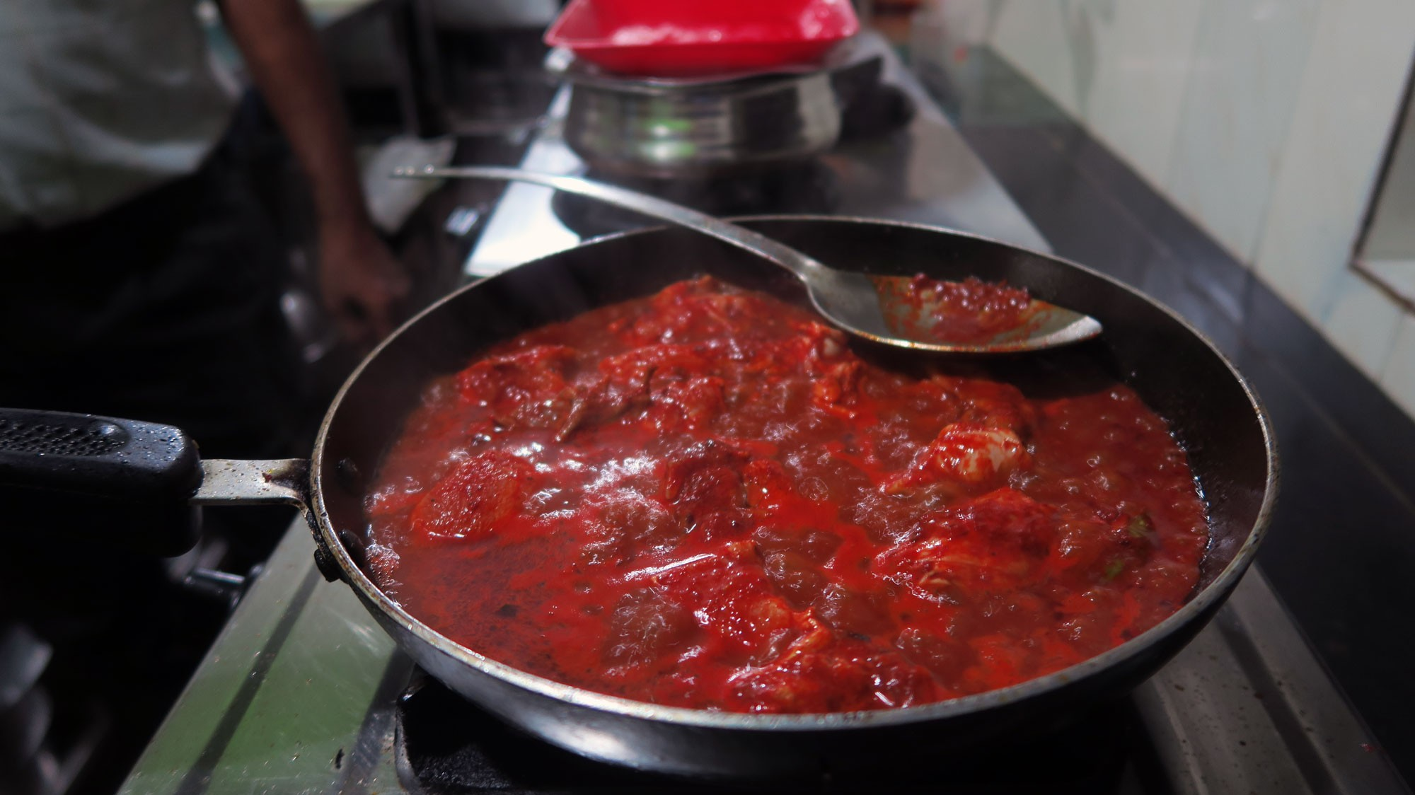 1.-Vindaloo-cooking1