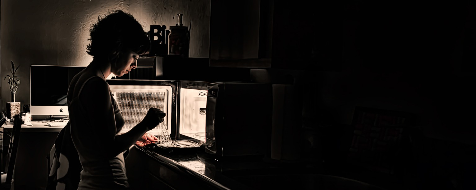 The Feminine Mystique of the Microwave Oven