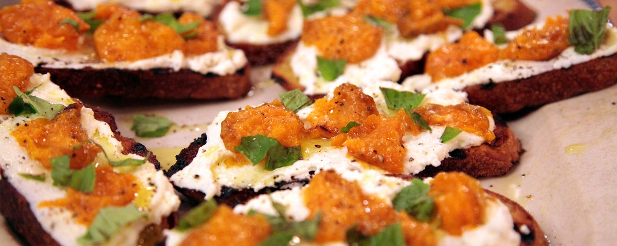Apricot Crostini Recipes — Dishmaps