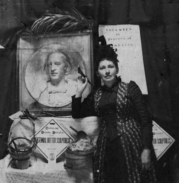 Caroline_S._Brooks_with_a_butter_sculpture_bas-relief_of_Columbus_for_the_1893_Columbian_Exposition_in_Chicago