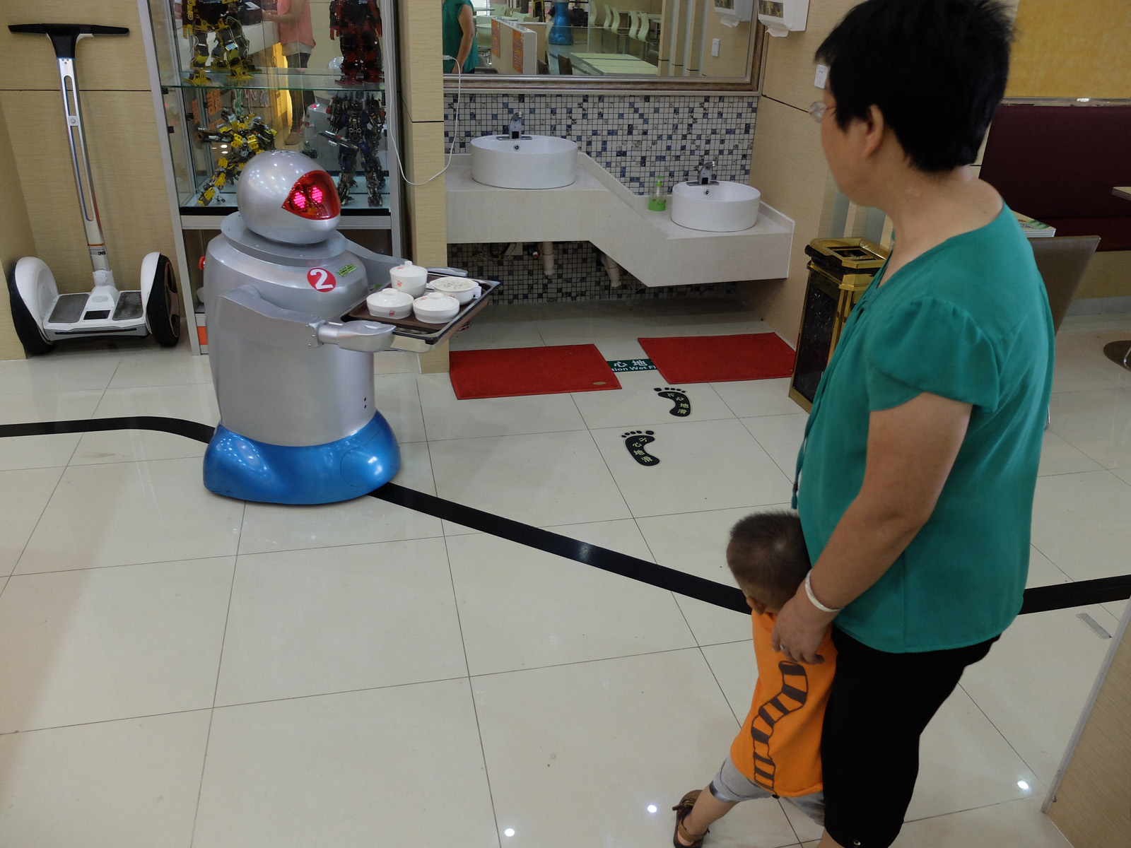 Kid scare of robot