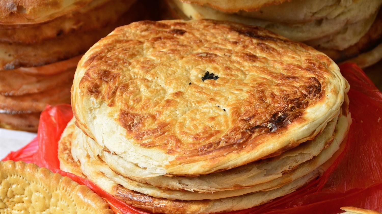 Shah Mansur Bazaar - Fatir Bread