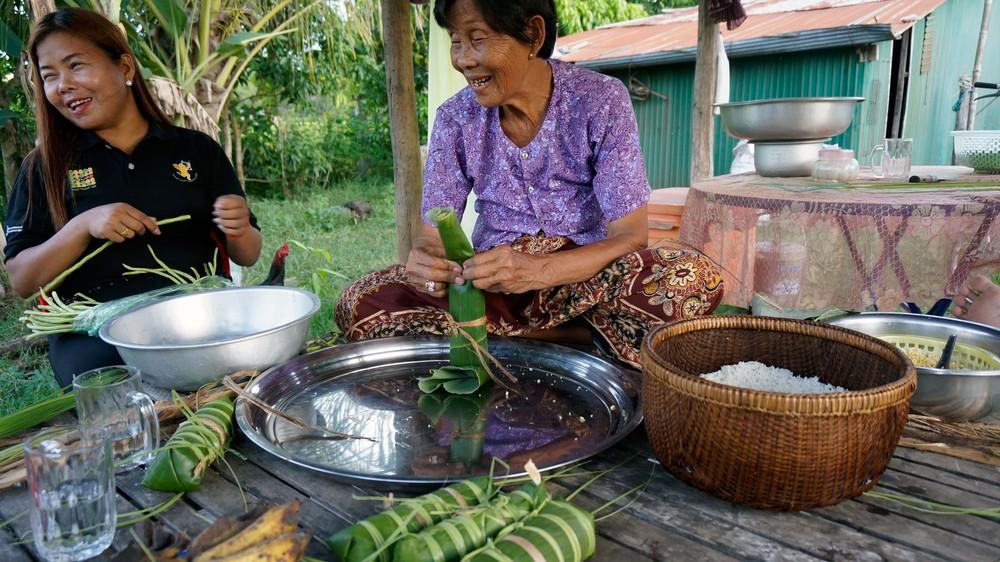 cambodia-sokunthea-and-yay