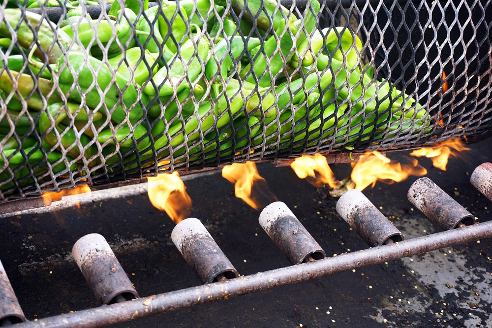 fire_roasting_chiles