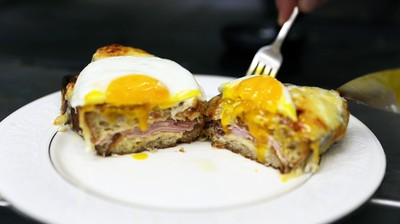 How-To: Make a Croque-Madame with Kris Morningstar