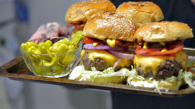How-To: Make the Perfect Cheeseburger
