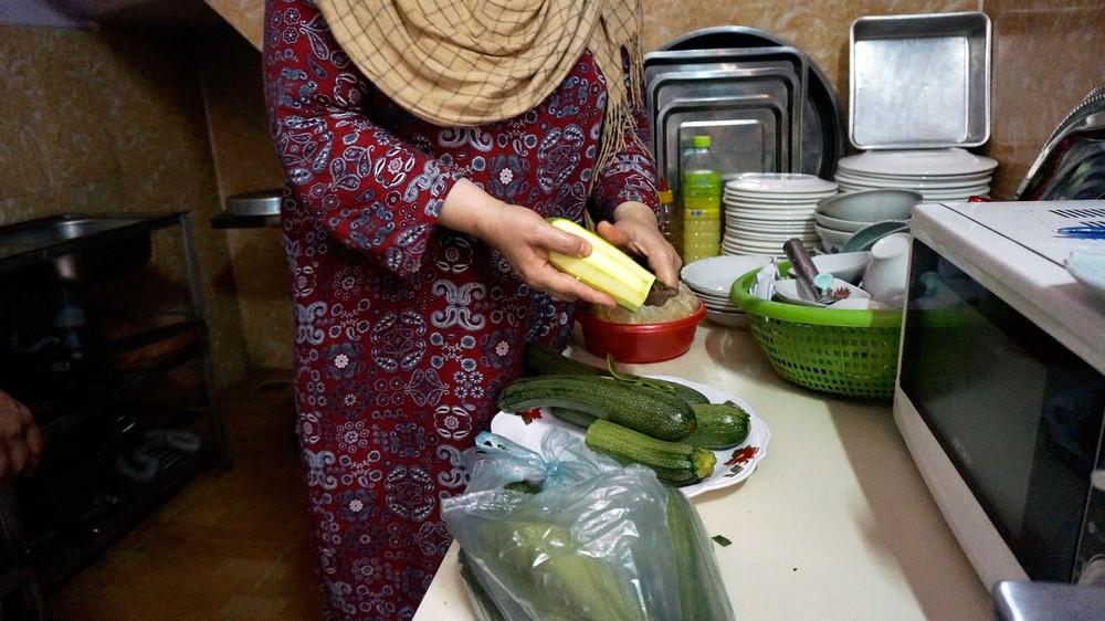 muna1-iraq-family-restaurant