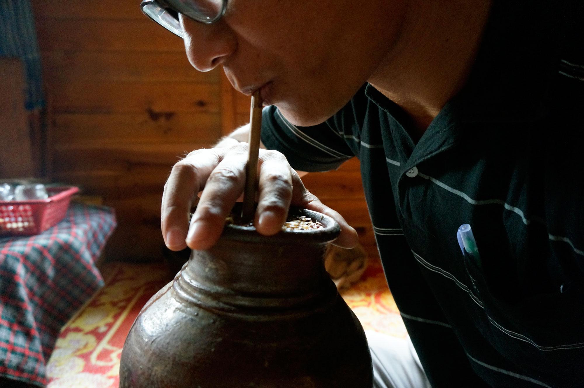 myanmar-opium-farmer-rice