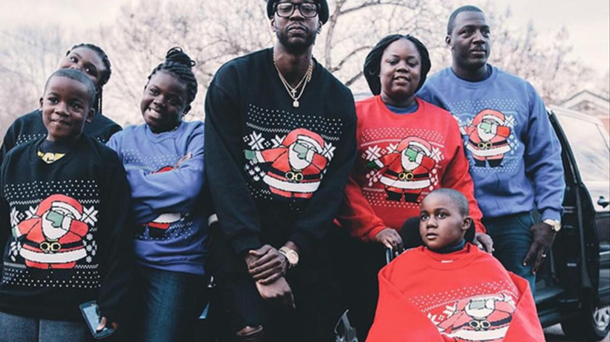 Kersttrui Met Dab.2 Chainz Heeft Miljoenen Verdiend Aan Zijn Dabbin Kersttrui Vice