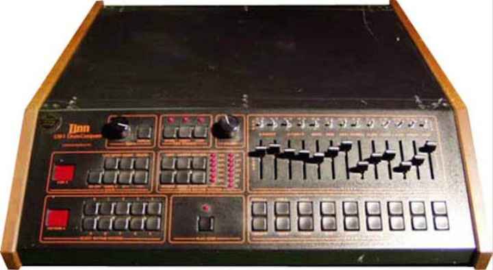a brief history of the drum machine in rock music noisey. Black Bedroom Furniture Sets. Home Design Ideas