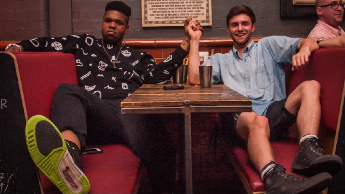 We Went on a First Date with MNEK - Noisey