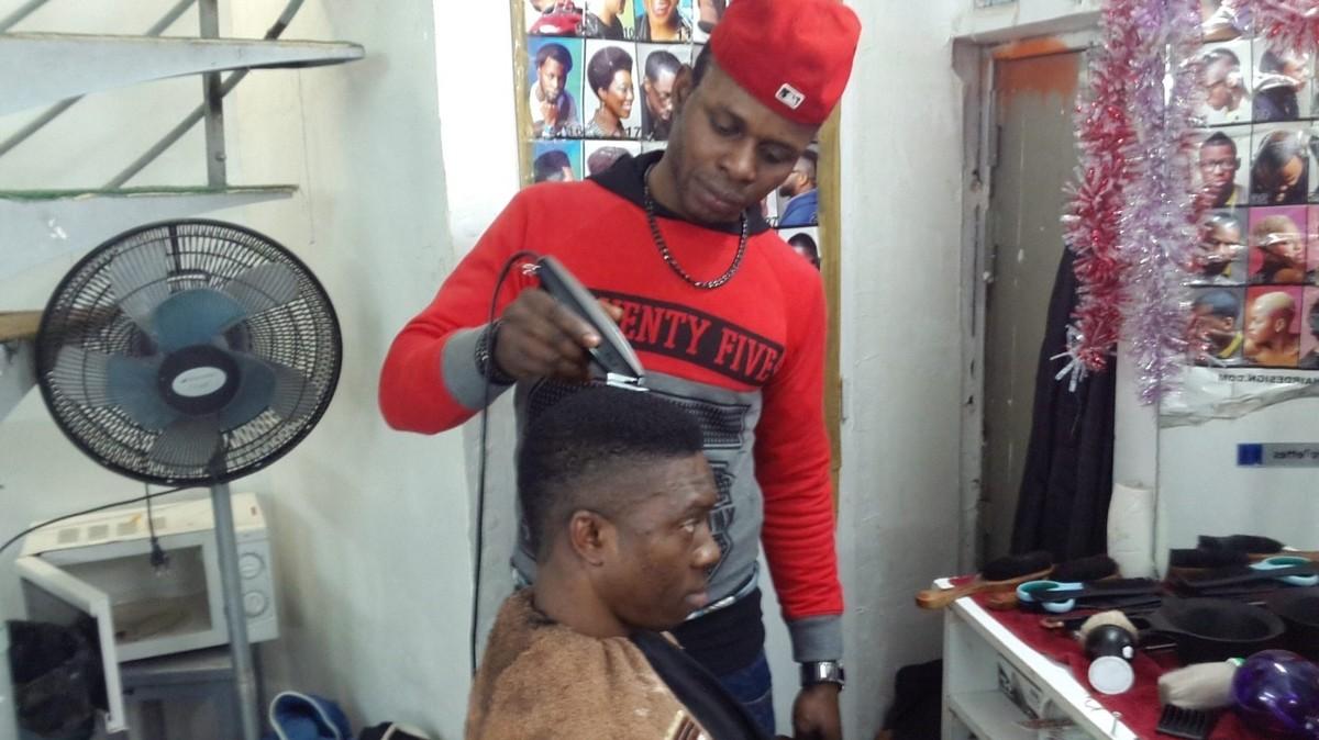 Les coupes de cheveux du rap de 2014 d crypt es par un for Salon de coiffure afro chateau d eau
