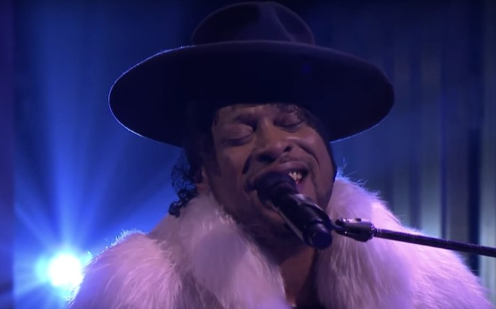 "Shed a Tear While Watching D'Angelo Cover Prince's ""Sometimes It Snows in April"" On Jimmy Fallon"
