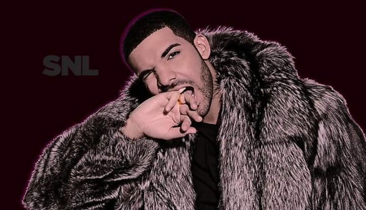 """Rating Drake's 'SNL' Performance In """"Trying Too Hard Smile Emojis"""""""