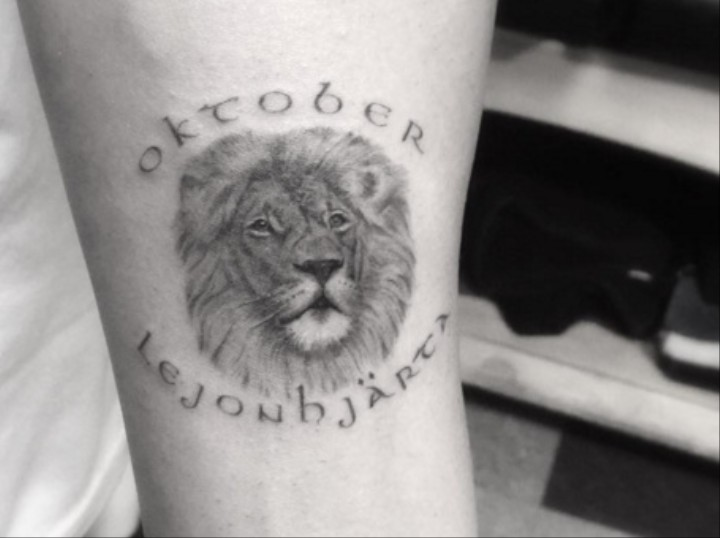What Does Drake's New Lion Tattoo Mean?
