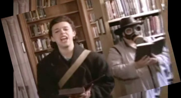 """Examining the Absurd Brilliance of Tears for Fears' """"Head Over Heels"""""""