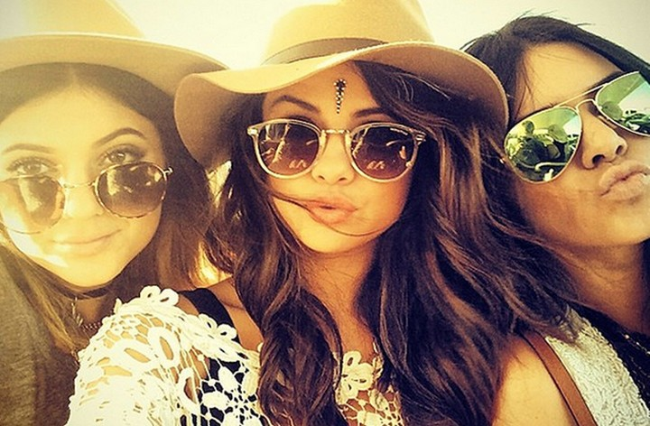 No Headdresses Is a Start, But Music Festivals Need to Ban Bindis