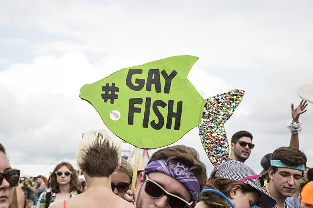 Pic of kanye west gay fish