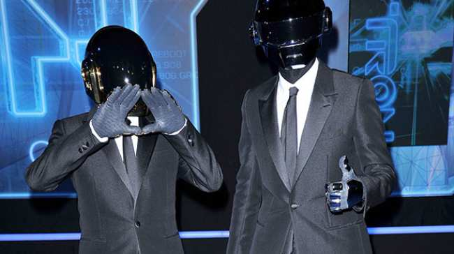 Calm down about the kanyedaft punkjay z song noisey malvernweather Choice Image