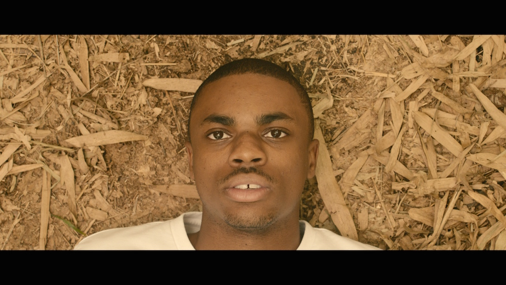 lass dir von vince staples kurzfilm prima donna den kopf verdrehen noisey. Black Bedroom Furniture Sets. Home Design Ideas
