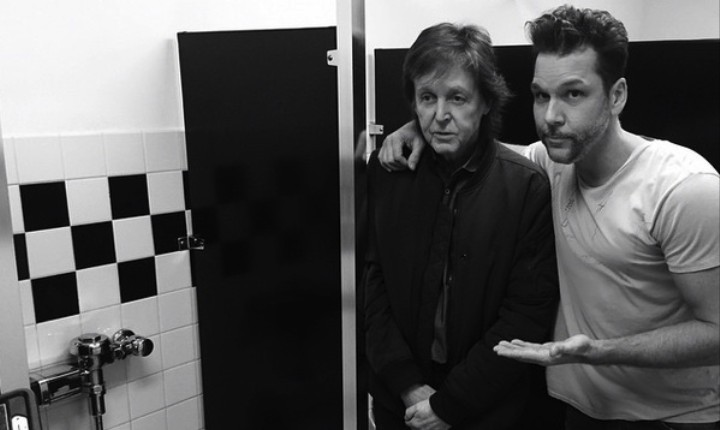 A Series of Questions Raised by This Photo of Paul McCartney and Dane Cook in a Men's Room